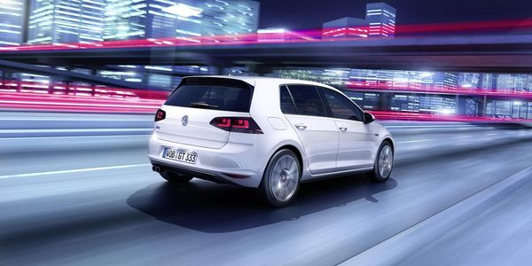 volkswagen golf gte hybridation en approche actu auto. Black Bedroom Furniture Sets. Home Design Ideas