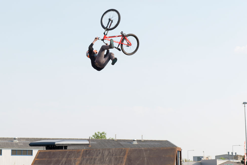 Backflip-Tailwhip-Freestyle-VTT