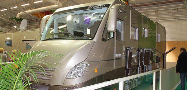 Rdv au salon des v hicules de loisirs du 27 09 au 5 10 for Salon camping car paris