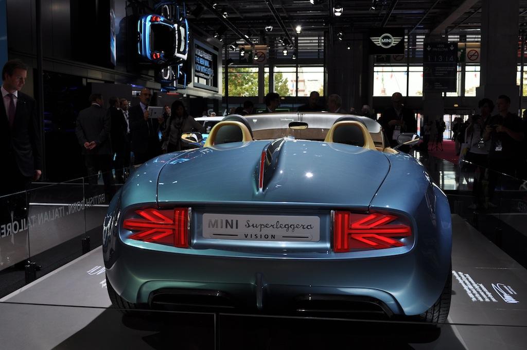 mondial de l 39 automobile de paris 2014 vadez vous avec les plus beaux concept cars actu auto. Black Bedroom Furniture Sets. Home Design Ideas