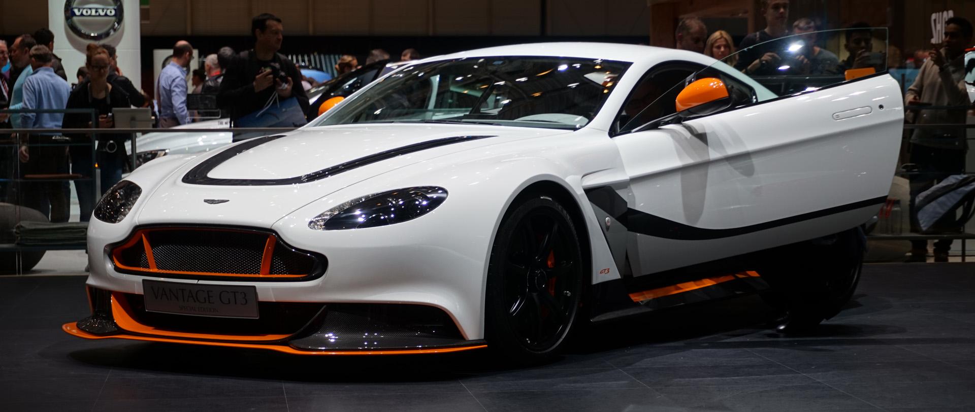 Aston-Martin-Vantage-GT3-GT12
