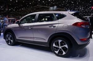 Hyundai-Tucson_3-4-ARR