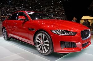 Jaguar-XE-Av