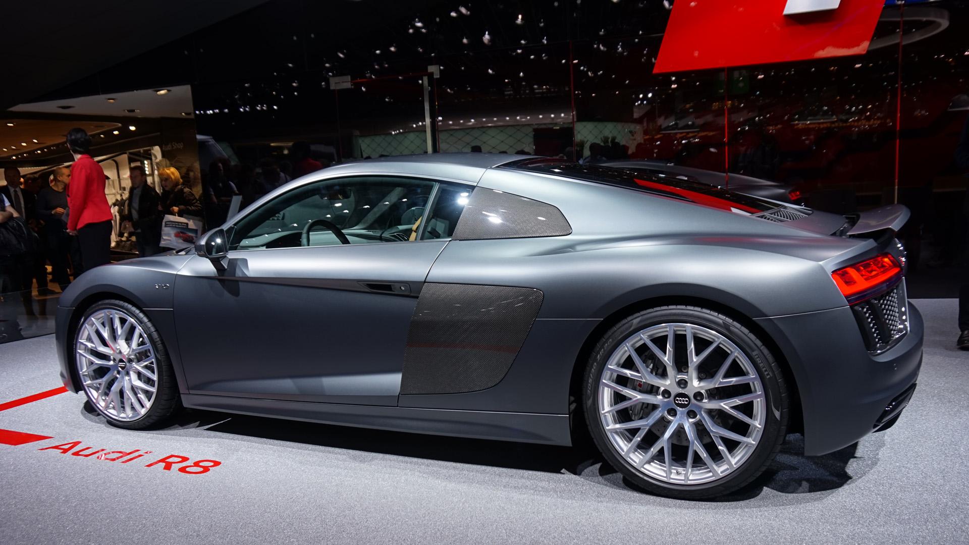 Nouvelle-Audi-R8-V10