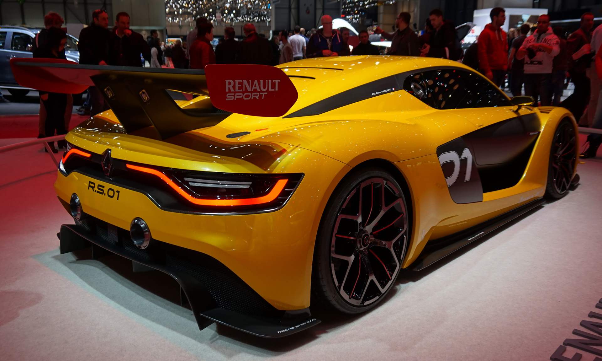 Renault-Sport-RS-01 (2)