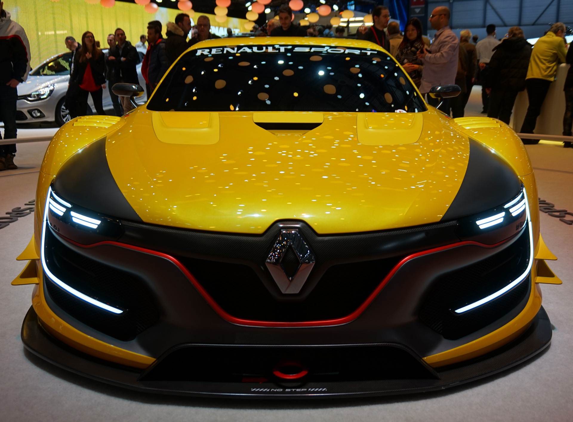 Renault-Sport-RS-01 (5)