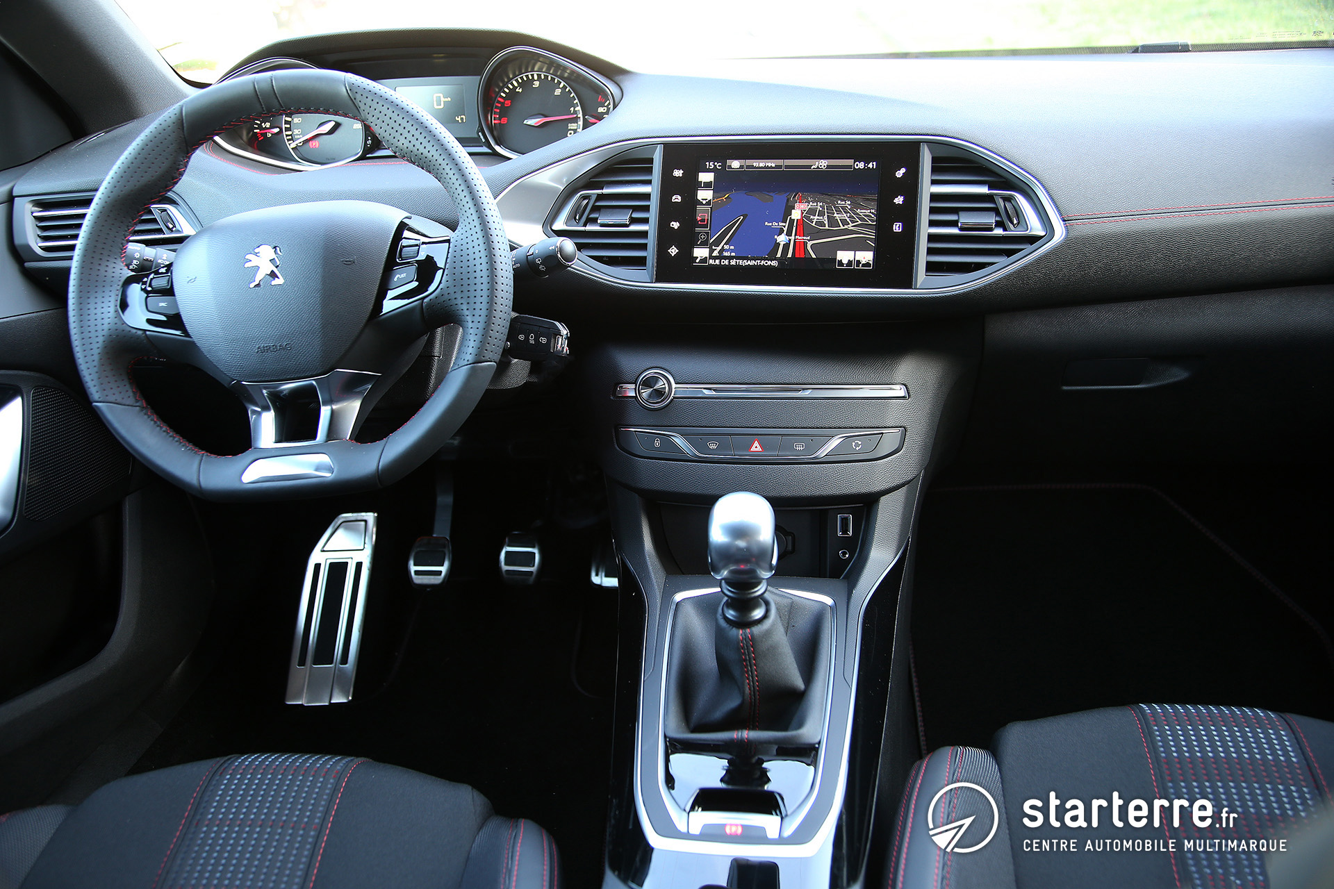 Peugeot 308 gt line agr able et performante for Interieur 308 gt line