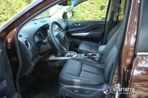 Nissan Navara NP300 intérieur