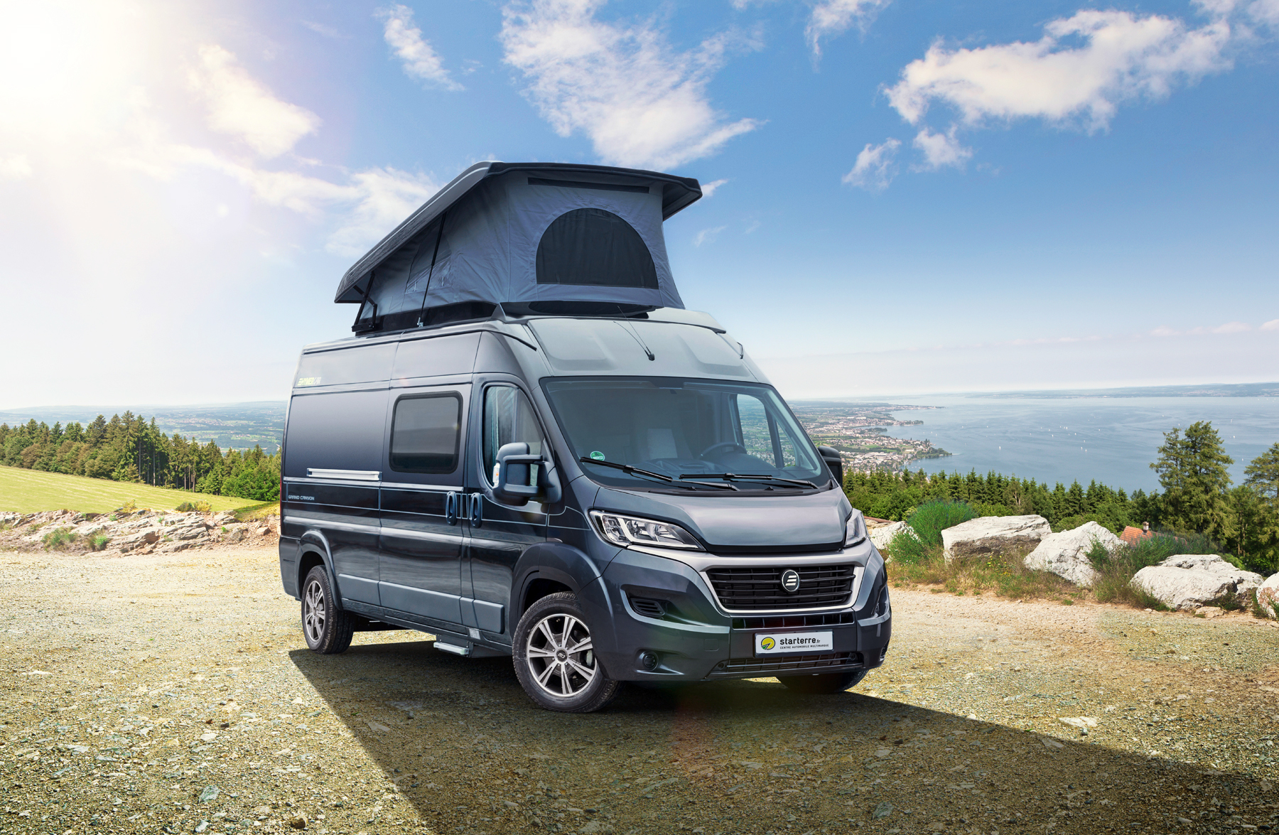 nouveaut s 2018 camping cars et fourgons am nag s salon vdl. Black Bedroom Furniture Sets. Home Design Ideas