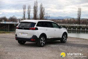 photo nouveau peugeot 5008