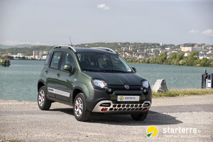 La Fiat Panda 4×4 Cross semble pouvoir grimper aux arbres