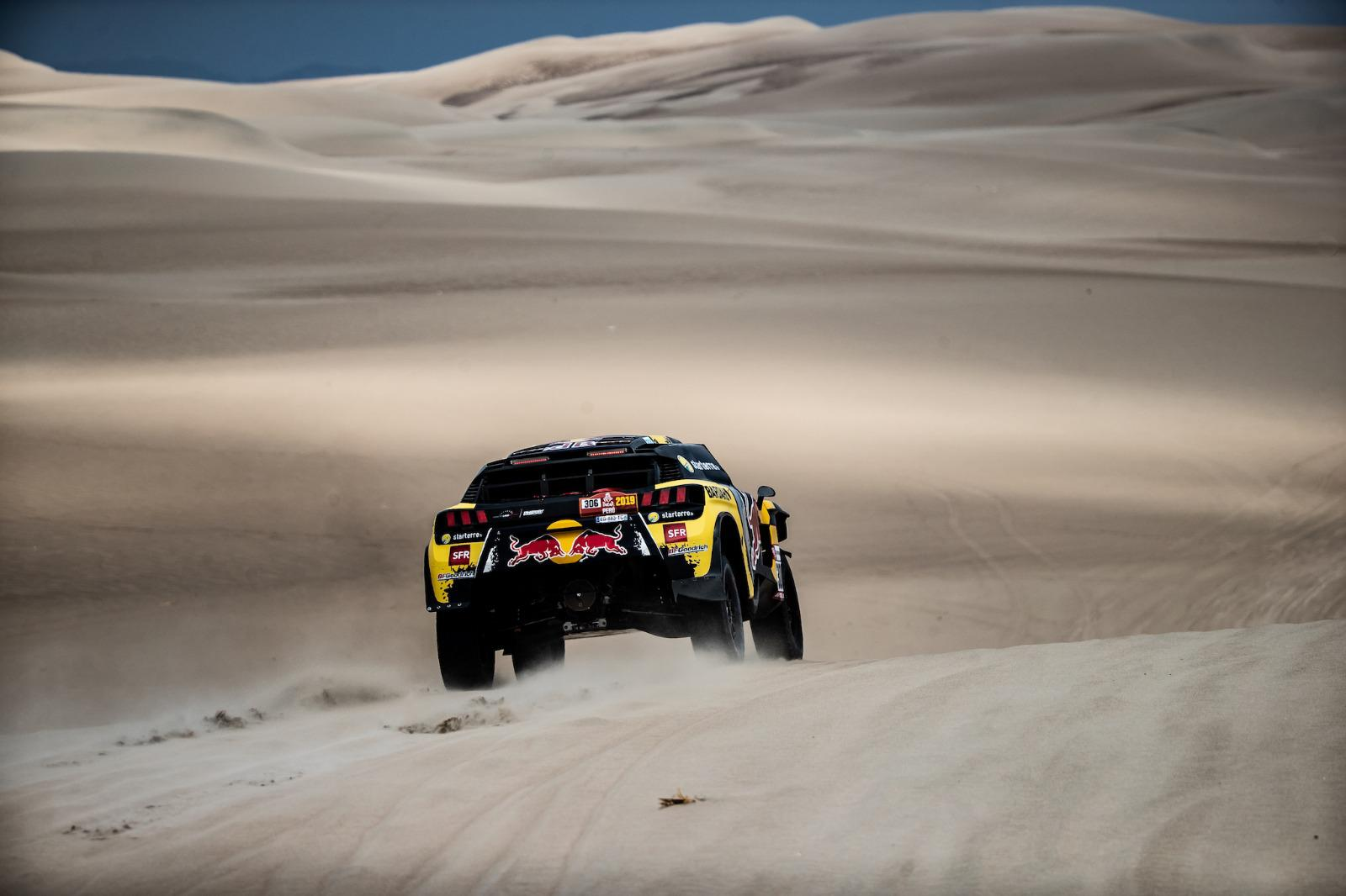 dakar 2019 victoire du 3008 dkr ph sport de s bastien loeb et daniel elena sur l 39 tape 2. Black Bedroom Furniture Sets. Home Design Ideas